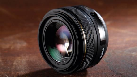 Фото Sigma 30mm F1.4 EX DC HSM