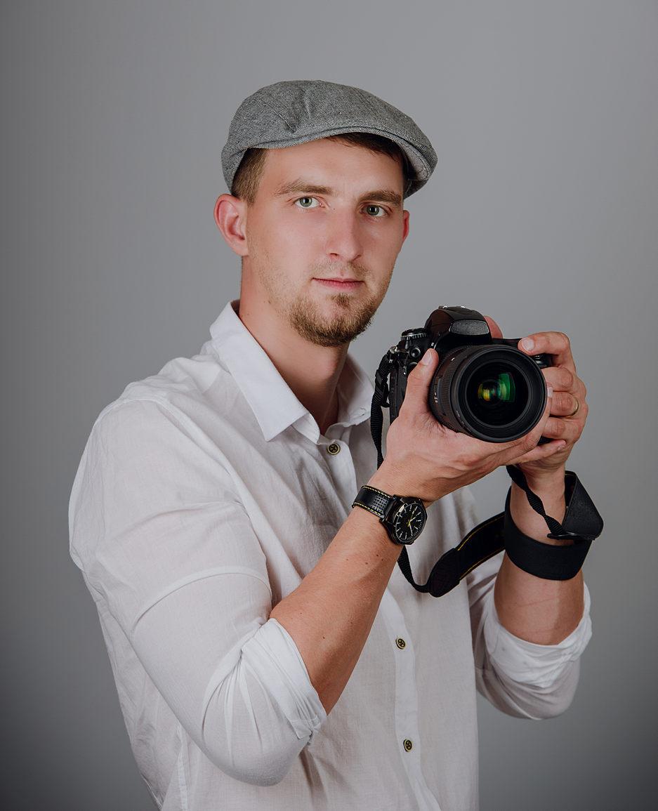 Фотографы и видеооператоры нужно ли заказывать?