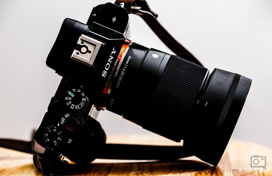 SIGMA 30mm F1.4 DC DN Contemporary фото